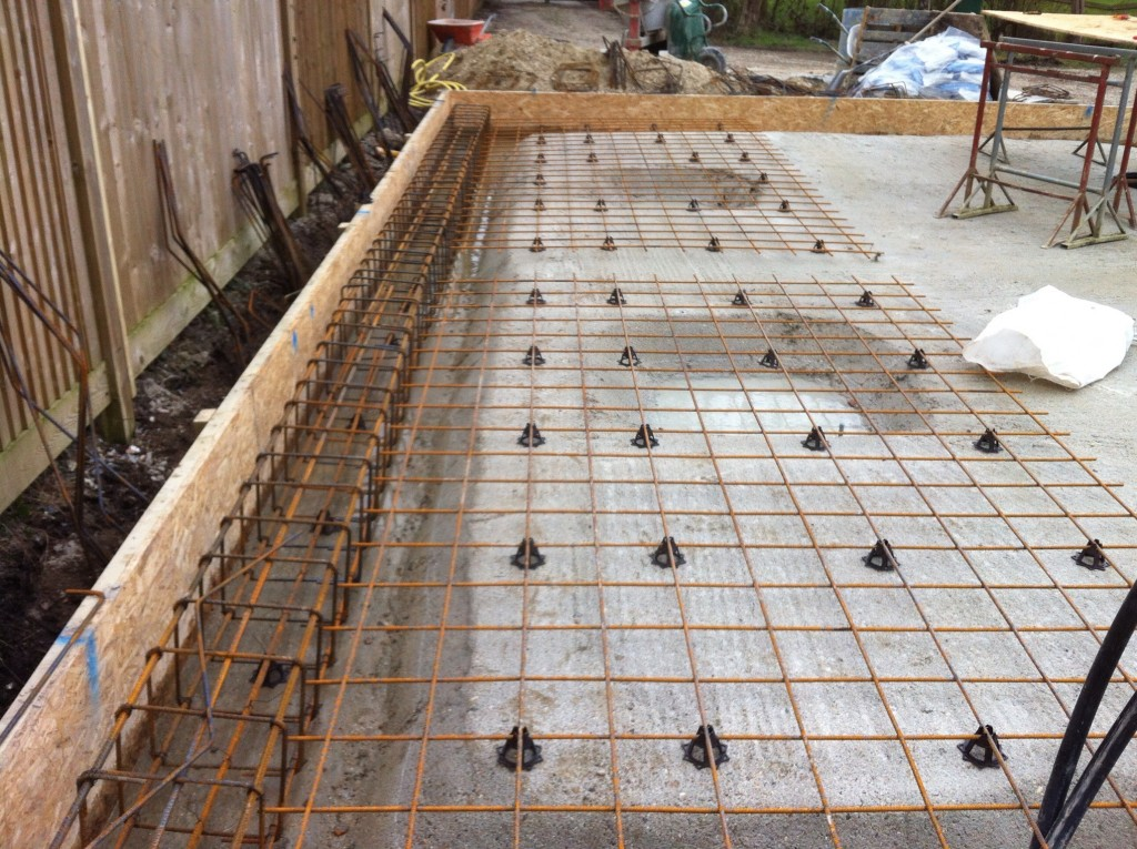 Groundworks cgh construction for Foundation for garage